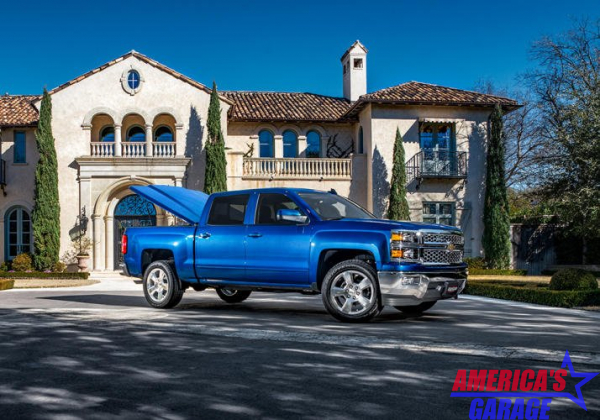 Undercover Chevrolet Silverado 1500 2019-2021  Elite LX Hard Cover by Undercover Pacific Blue Metallic