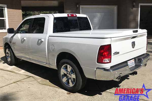 Undercover Ram 1500-2500 2009-2019 6.4 Bed Hard Cover Elite LX Bright White Undercover
